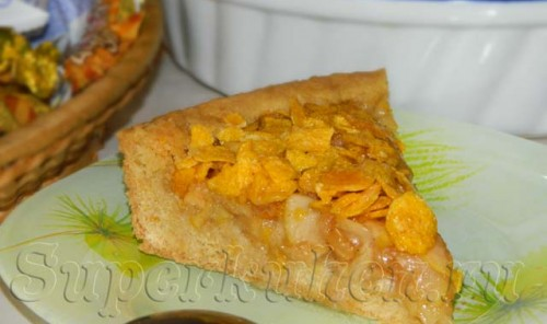 Пирог с яблоками и хрустящей посыпкой