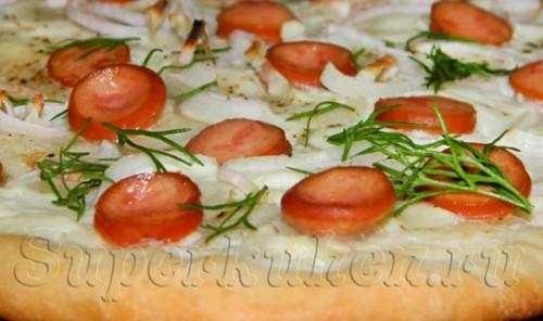 Пирог с луком и беконом