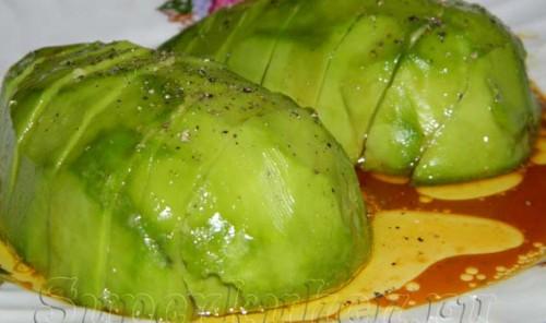 Авокадо под соевым соусом