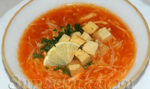 Томатно-куриный суп по-турецки