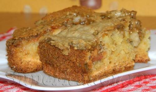 Яблочный пирог с халвой