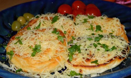 Оладьи с фаршем и тертым сыром