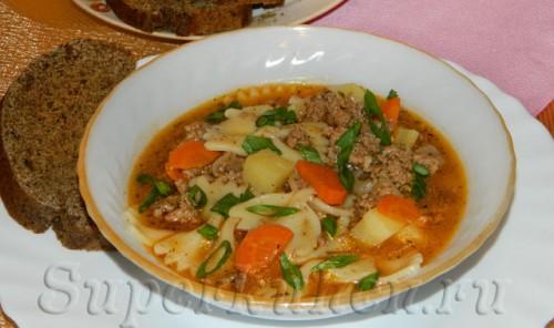Итальянский суп с фаршем и пастой