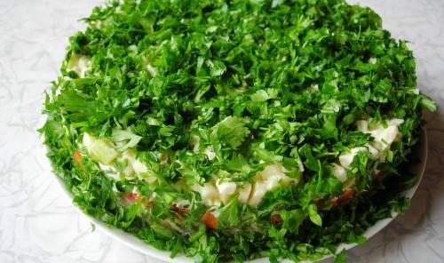Слоеный салат с сельдью (Шуба по-весеннему)